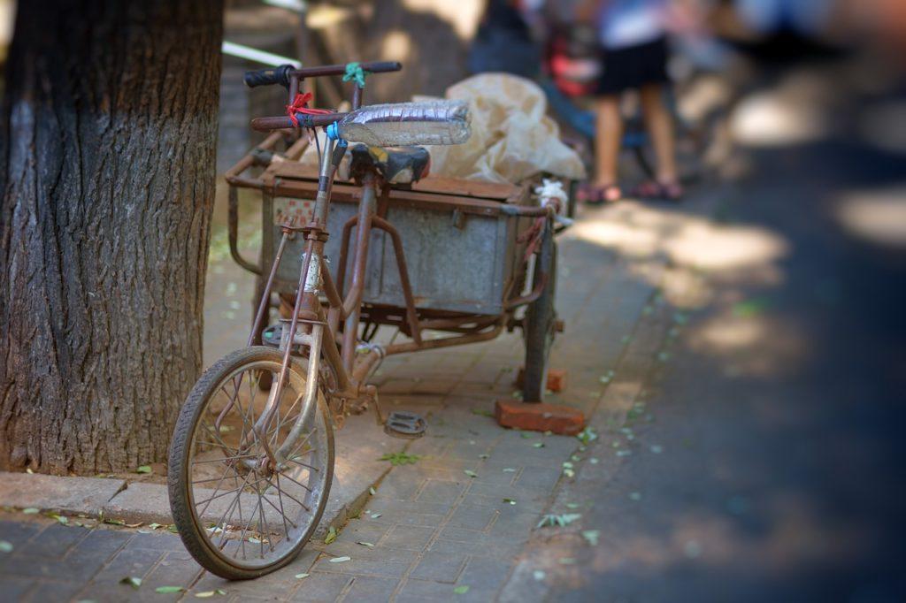 Beijing Hutong Bike Asia China  - jplenio / Pixabay