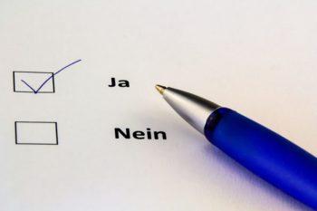 Write Paper Yes Vote Ankreuzen  - analogicus / Pixabay
